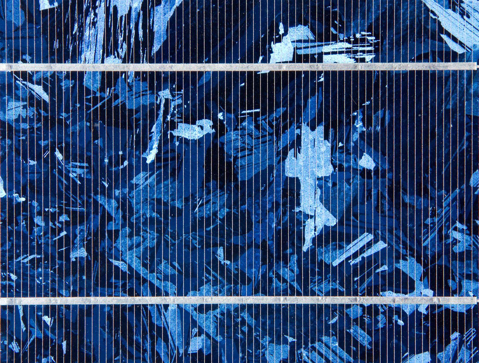 New Graphene Solar Panels Turn Rain Into Clean Energy Solar Panels Solar Cell Solar