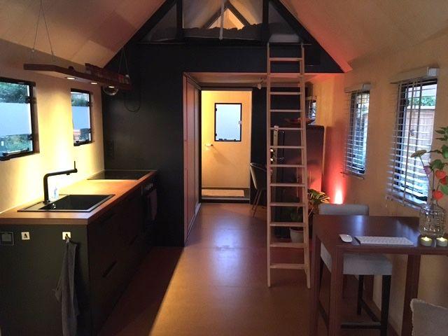 tiny house straatje Hardegarijp 30 m2. Voorzien van ...