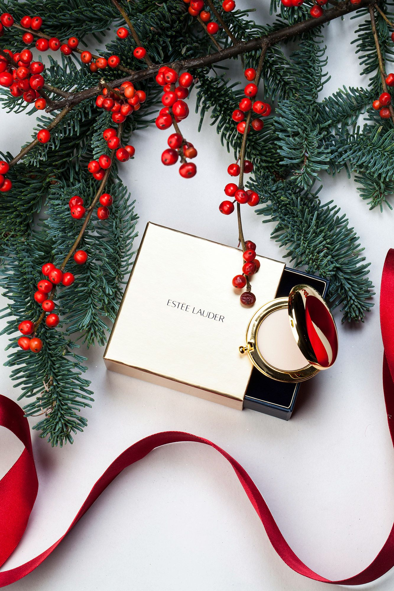 Gifts She\'ll Open First in 2018 | B e a u t y. | Pinterest | Holiday ...