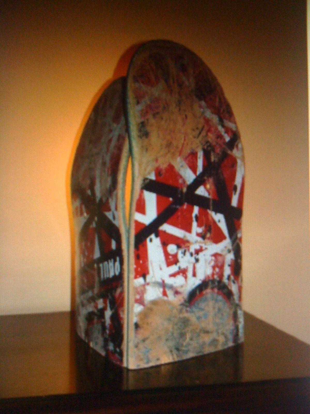 Skateboard lamp by On Board Life