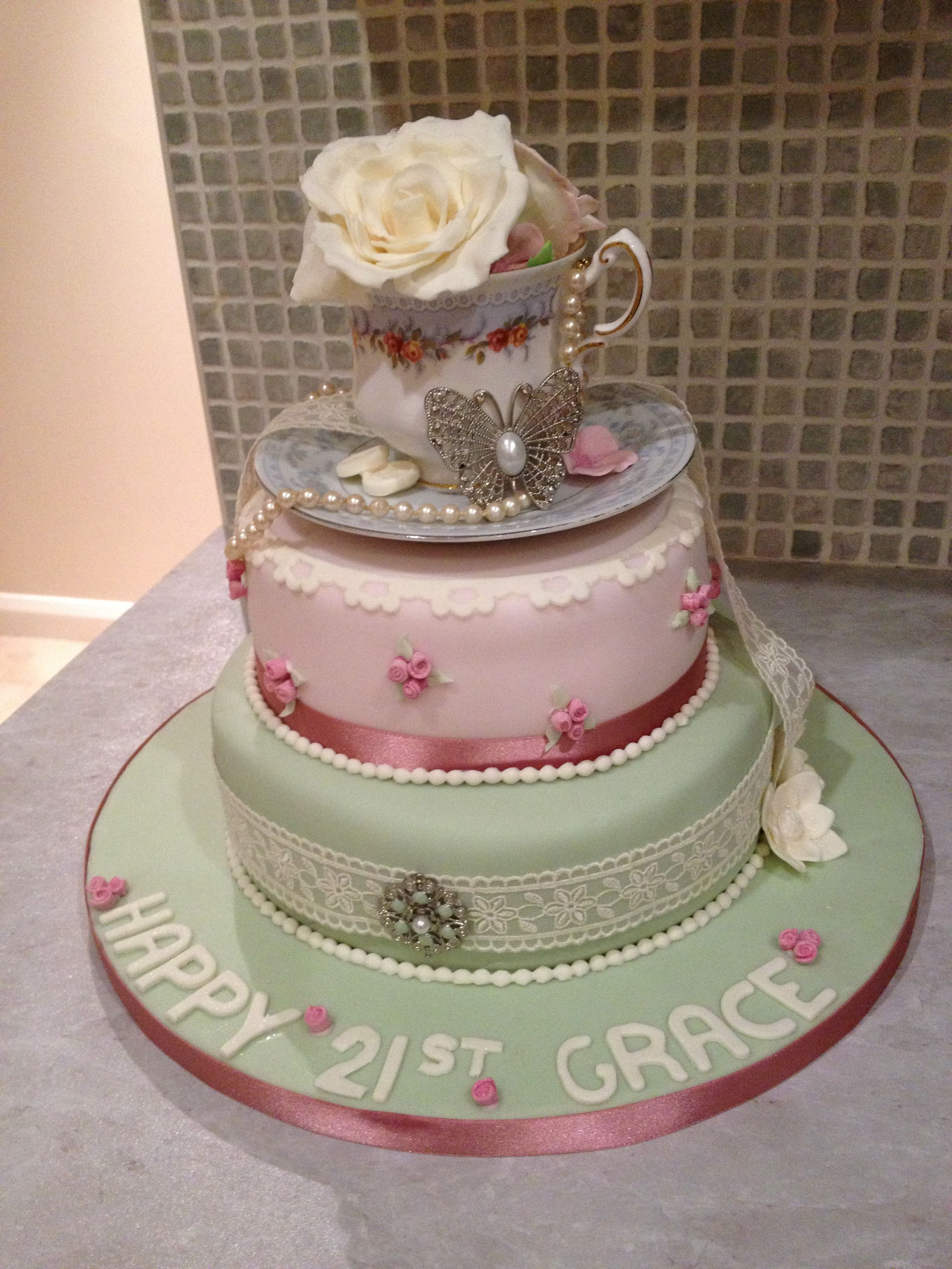 Stupendous Vintage 21St Birthday Cake With Images 21St Birthday Cake Personalised Birthday Cards Arneslily Jamesorg