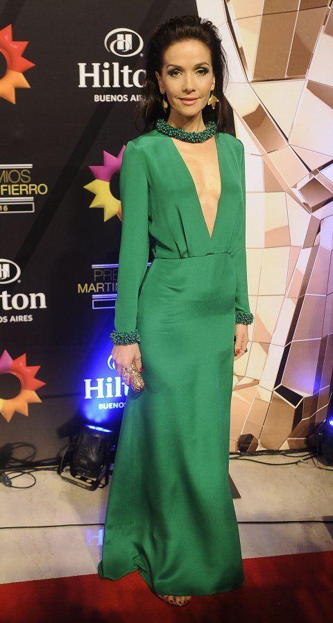 d656bbc68 Natalia Oreiro se destacó del resto con un vestido verde  i british   i con  escote profundo