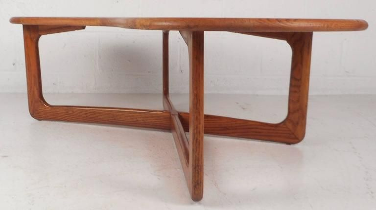 MidCentury Modern Kidney Shaped Coffee Table By Lane Furniture - Mid century modern kidney shaped coffee table