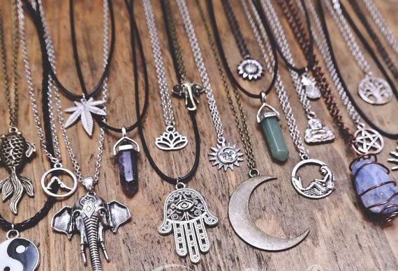 Que Significa Hippie: Boho Grunge Spiritual Hippie Hamsa Hand Sun Moon Crystal