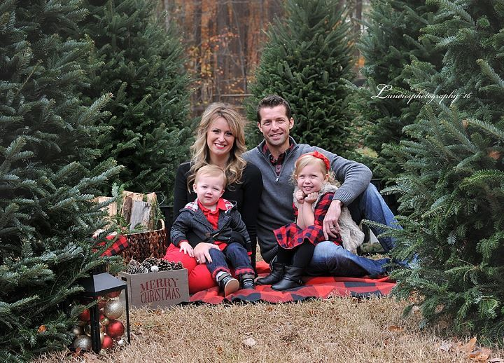 Minus All The Props Love The Natural Trees And Hints Of Red Plaid In O Family Christmas Pictures Christmas Tree Farm Photos Christmas Tree Farm Photo Shoot