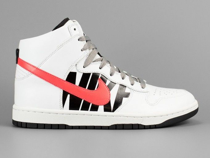undefeated-nike-dunk-lux