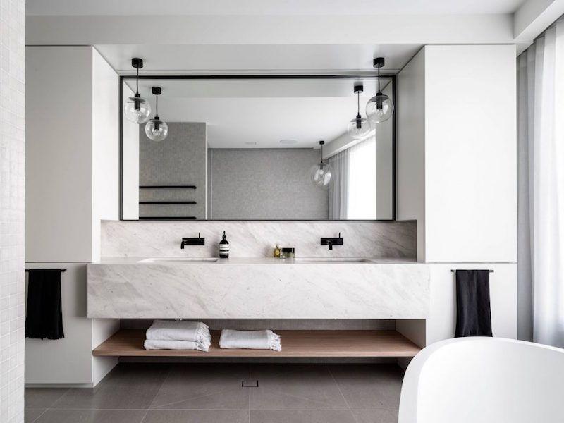 salle de bain design en marbre blanc a mosman sidney australie par corben architects