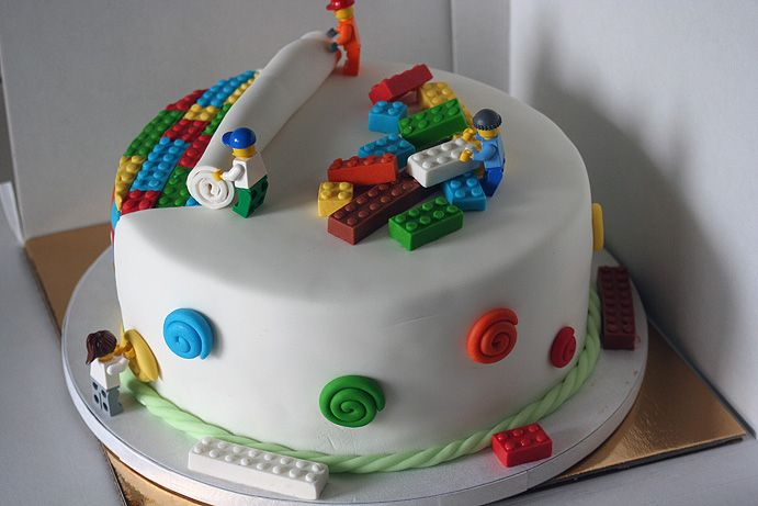 Lego cake for my husband's birthday (yes, husband ;-)), back of cake
