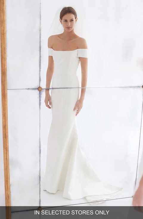 Carolina Herrera Greta Off the Shoulder Trumpet Gown | Amazing ...