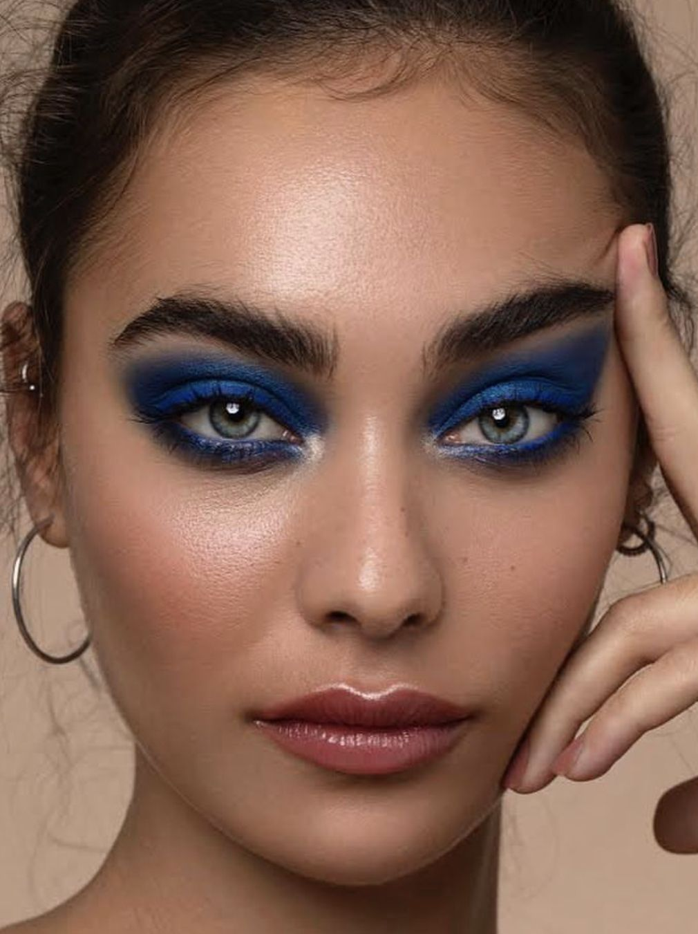 Pin by Amber Goates on magup (With images) Makeup, Dewy