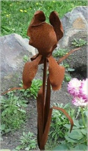 Iron Cut Metal Iris Flower Plant Stake Garden Landscape