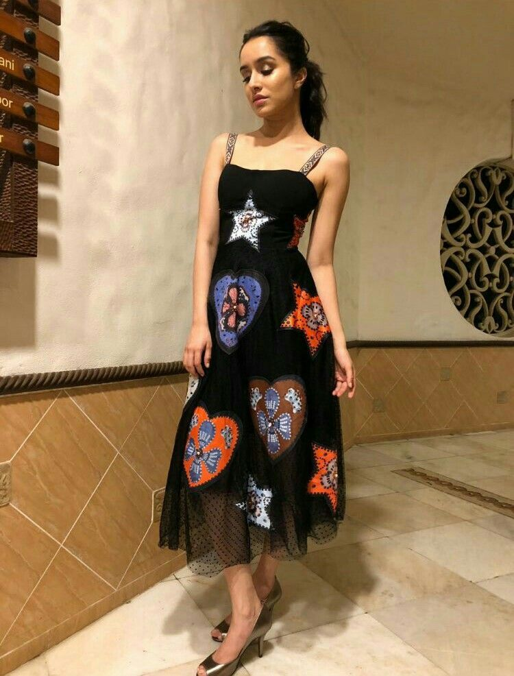6f6b59b254a 160518) Shraddha kapoor's look for STREE wrap party!   STREE in 2019 ...