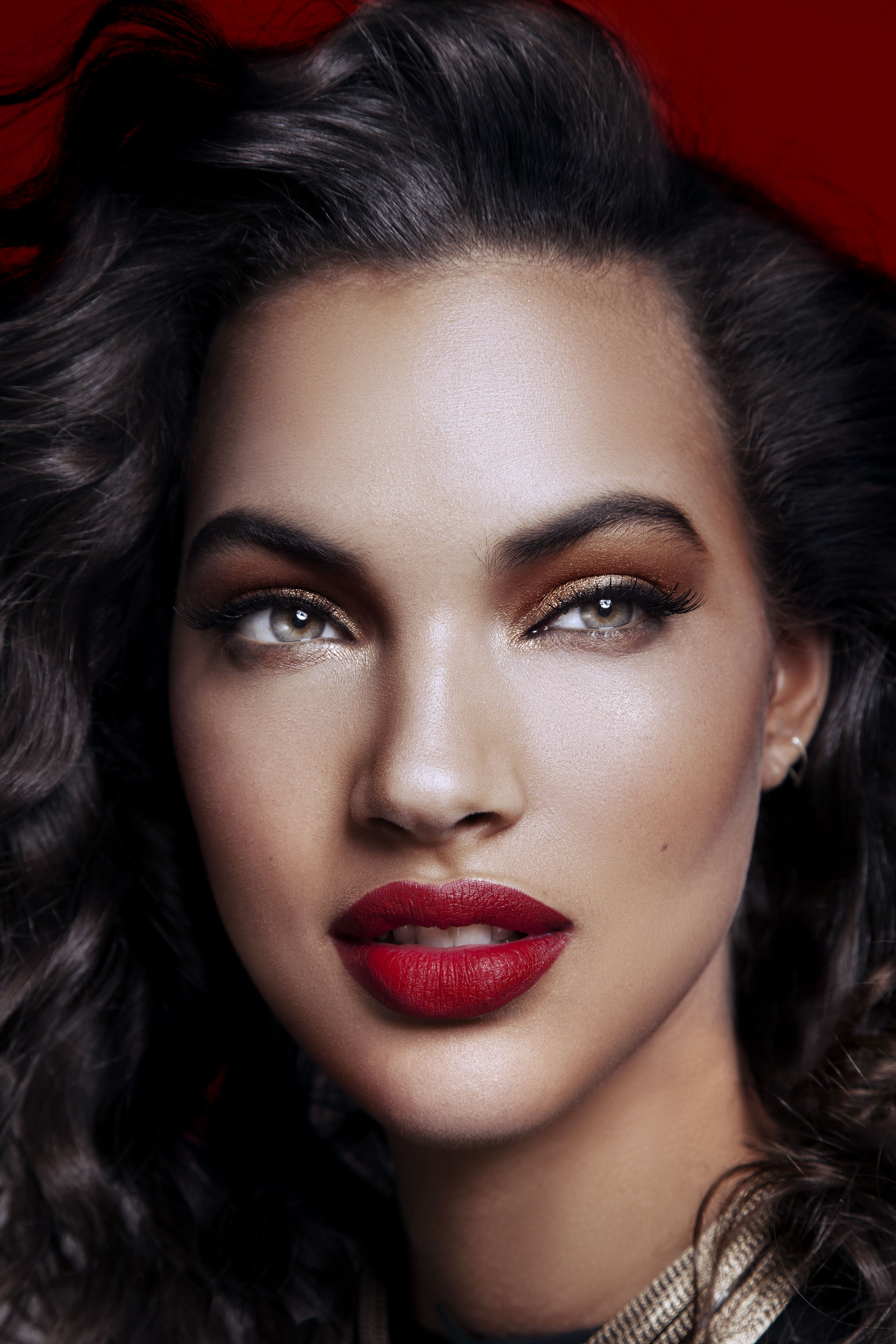 Alluring Valentine's Day Looks That Are Perfect For Darker