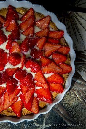 Crostata di fragole con frolla al farro e crema al cioccolato bianco