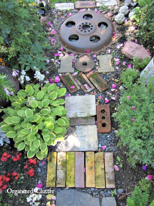 Marvelous The Best Garden Junk Path Www.organizedclutterqueen.blogspot.com