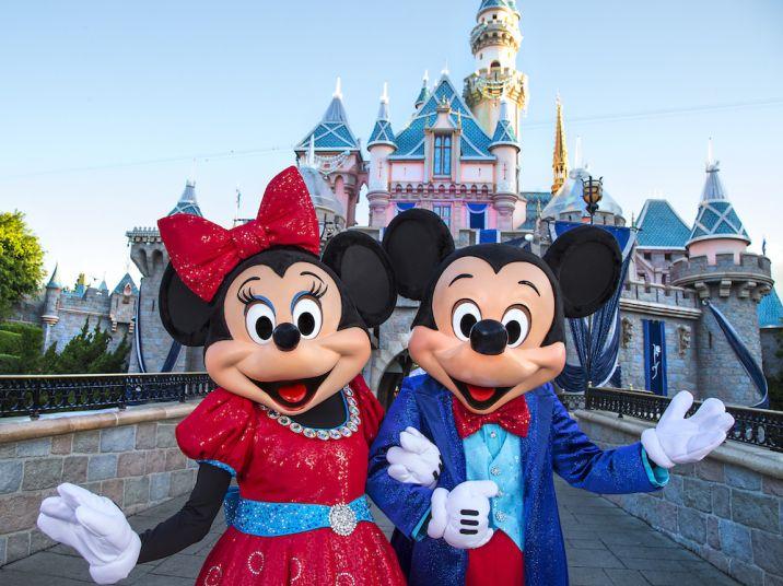Mickey and Minnie diamond-studded attire #Disneyland60