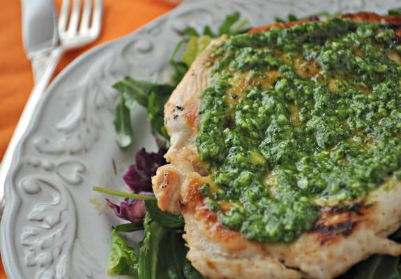 Pan seared Chicken Breasts with Cilantro Pesto   mountainmamacooks.com