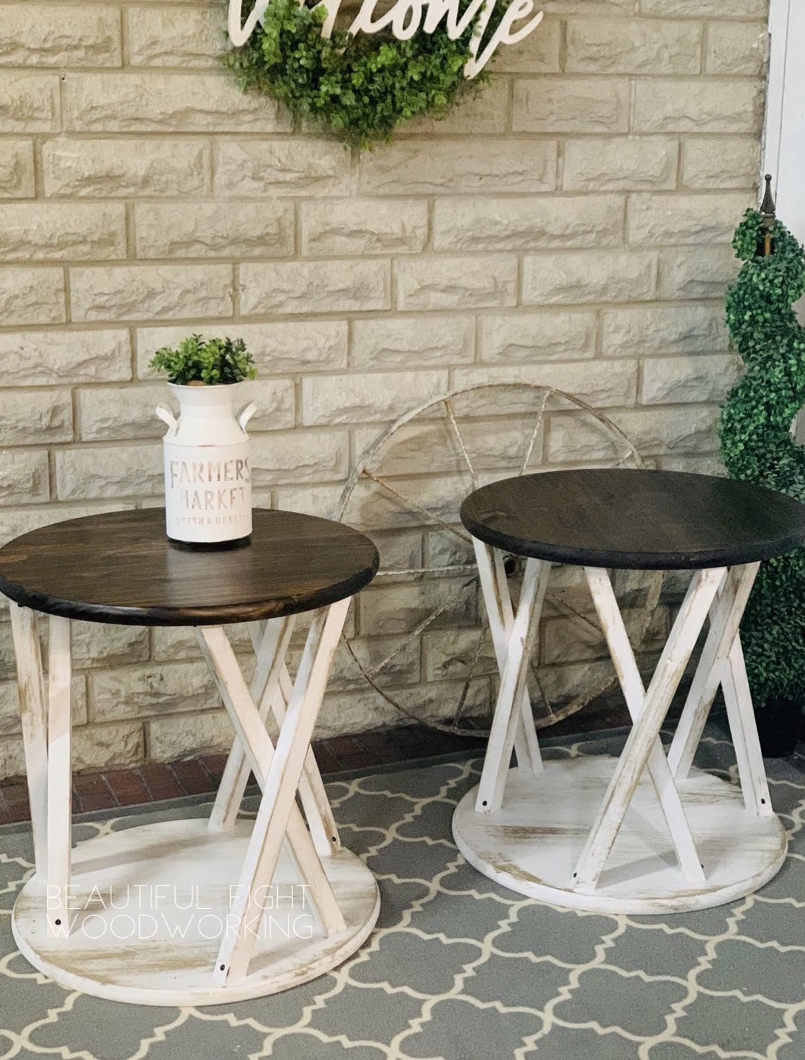 Farmhouse Round End Tables Etsy Coffee Table Farmhouse Round End Tables Farmhouse End Tables [ 2092 x 1588 Pixel ]