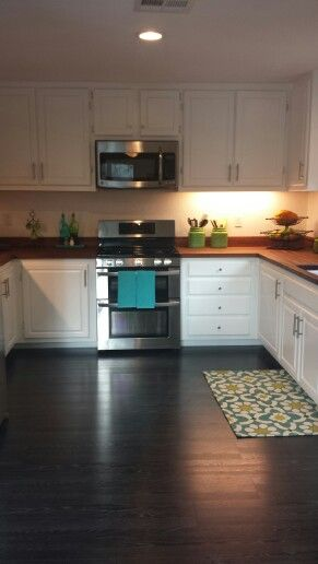 Love This Floor Pergo Ebonized Black Flooring Kitchen