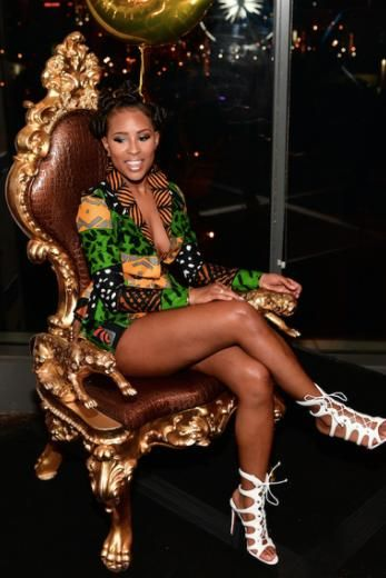 Take A Look Inside Dej Loaf S Coming To America Themed Birthday Bash America Themed Party America Party Dej Loaf