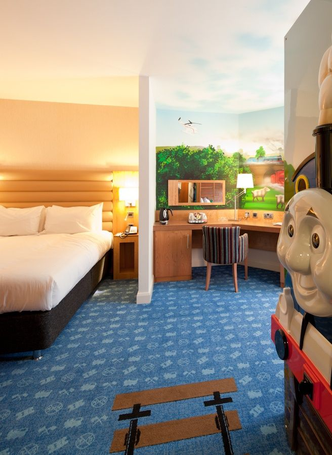 Themed Bedroom at Drayton Manor Hotel | Thomas and Friends themed ...