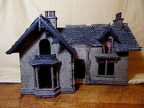 Wonderful Antique Haunted Halloween Doll House - Emmie's Antique Doll Castle #dollshopsunited