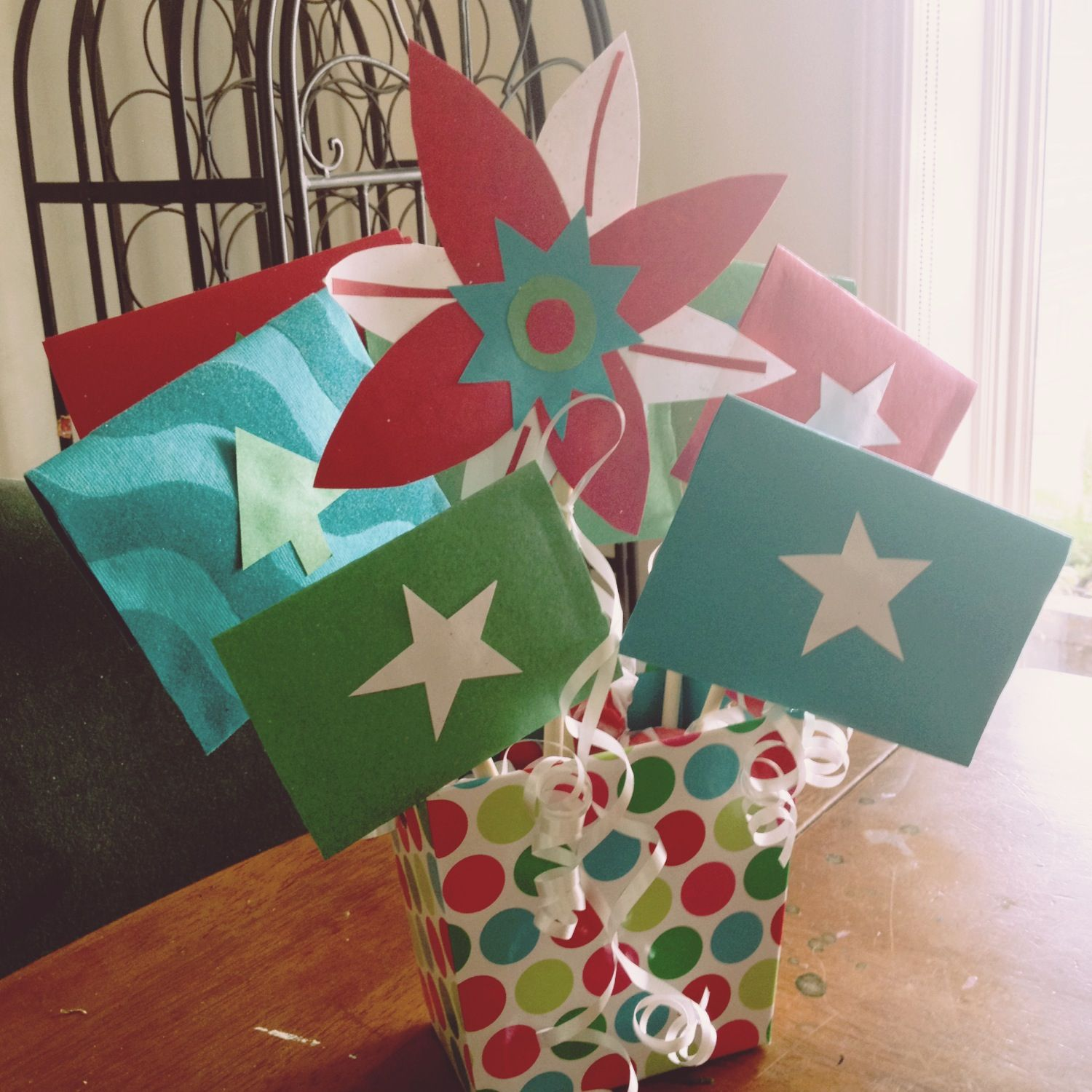 Gift card bouquet for my sons teacher we collected gift
