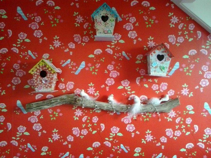 Kinderkamer Behang Vogelhuisjes : Room seven behang vogel lichtjes op een stok en vogelhuisjes