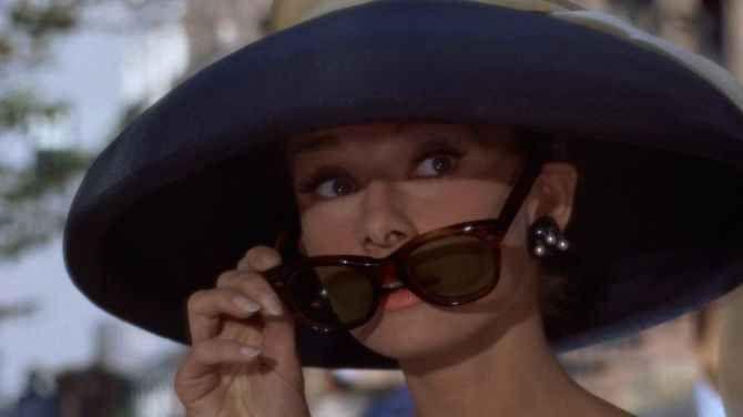 realizzabile Predecessore tradire audrey hepburn cappello occhiali -  walterleonardi.it