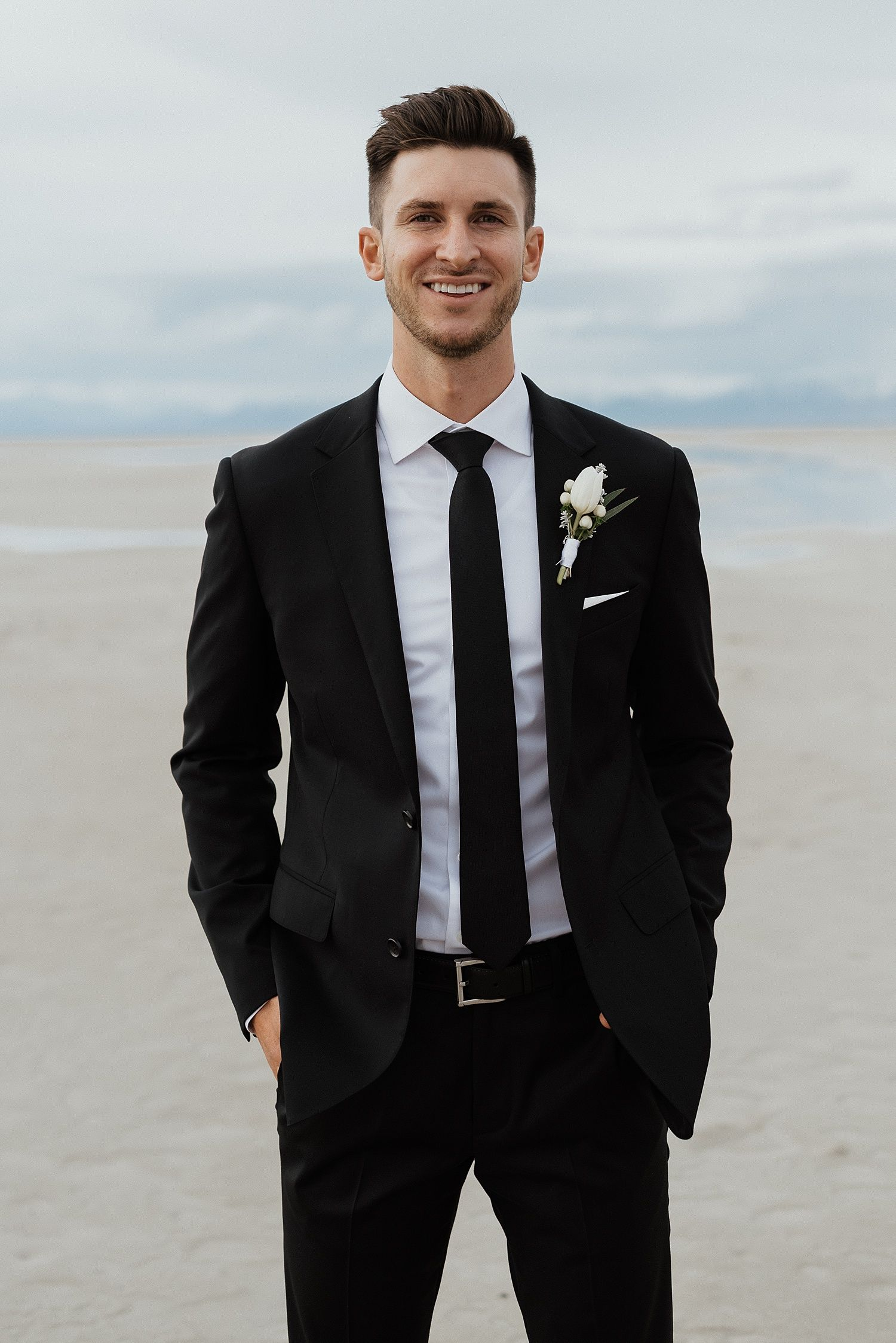 Taylor And Taylor Great Salt Lake First Look Bridals Zandra Barriga Photo Groom Suit Black Black Suit Wedding Black Suit Men