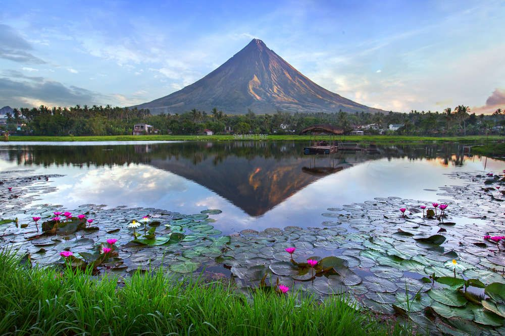 To say that the Philippines is an island lovers' destination is an understatement, and if you are one of those people, then get your Oman Air online booking to the Philippines right now.  #OmanAironlinebooking #bookcheapflights