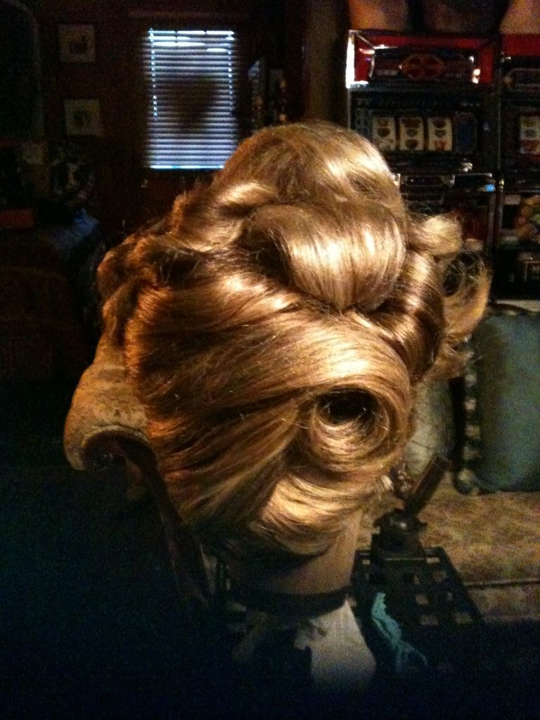 how to do a barrel curl updo