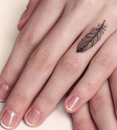 Tattoo veertje