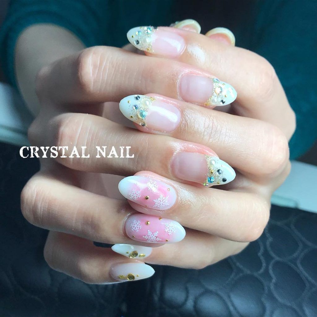 New winter manicure for the new year 2018 | Winter nail art design ...