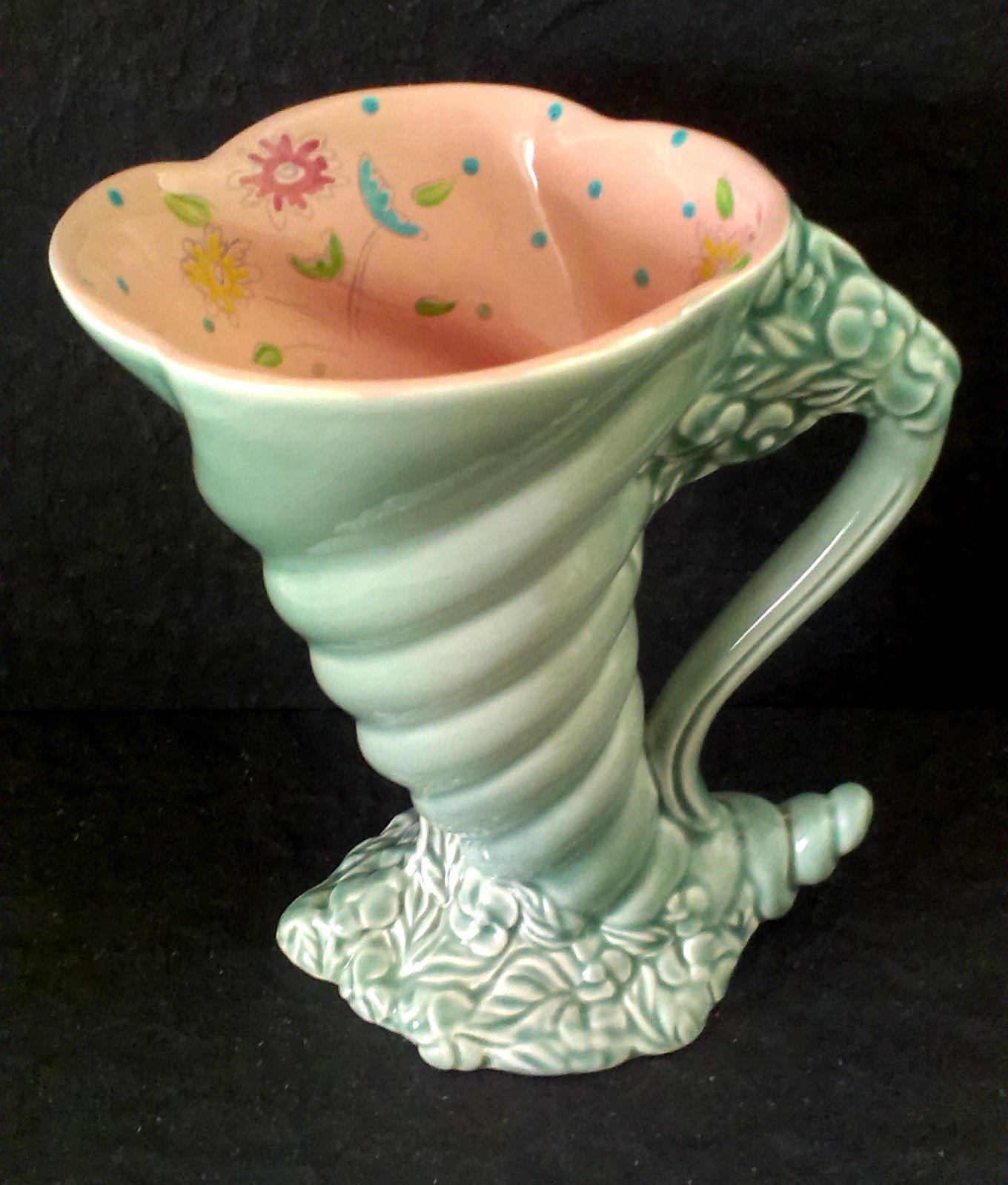 Clarice Cliff cornucopia vase floral inner Clarice