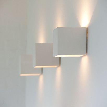 die besten 25 wandleuchte treppenhaus ideen auf pinterest innenbeleuchtung moderne weg. Black Bedroom Furniture Sets. Home Design Ideas