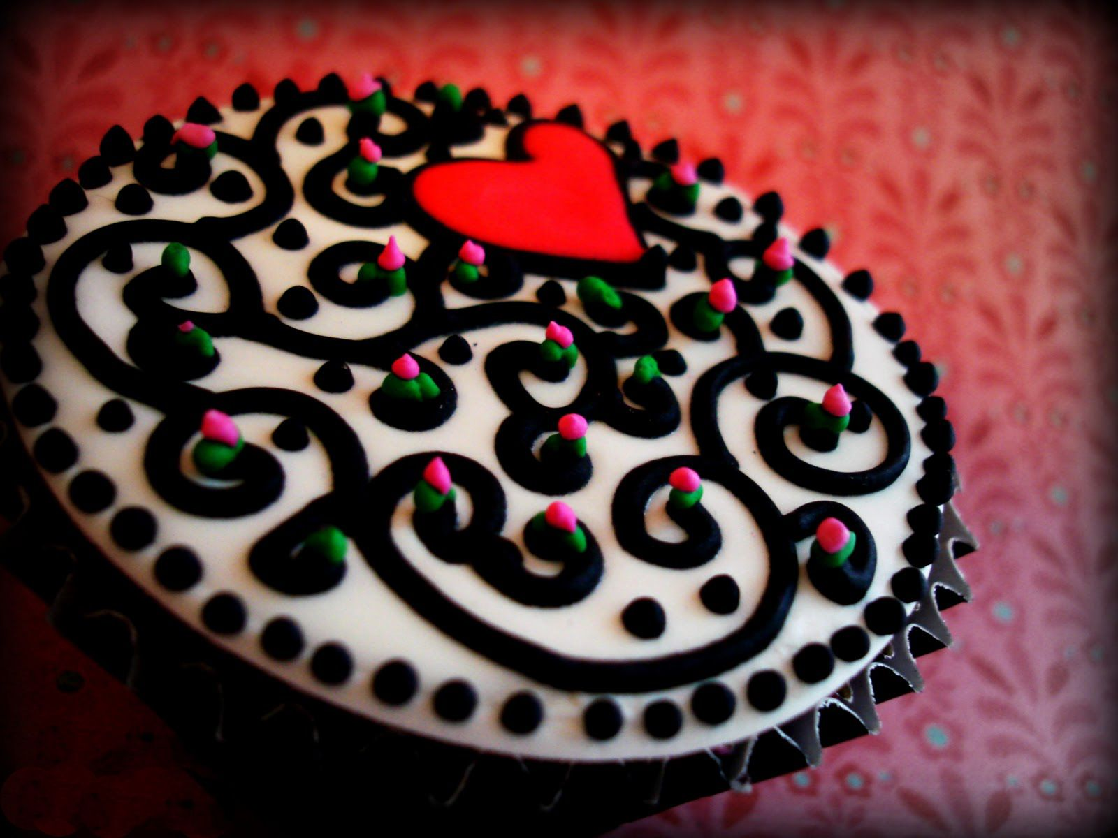 valentines day cakes and cupcakes to show your love cakes and cupcakes mumbai - Valentine Day Cake