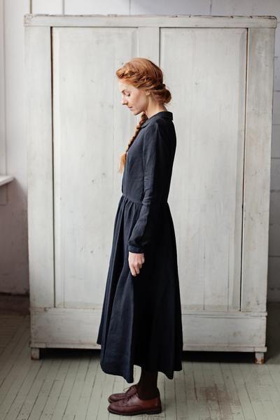 Classic Dress, Long sleeves, Black Pansy