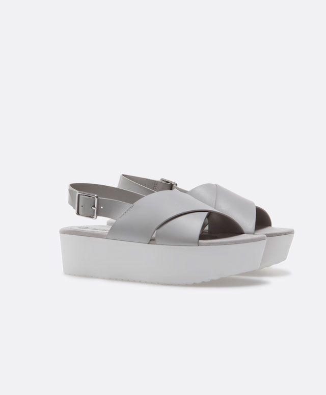 Zapato cuña flat form eva - OYSHO