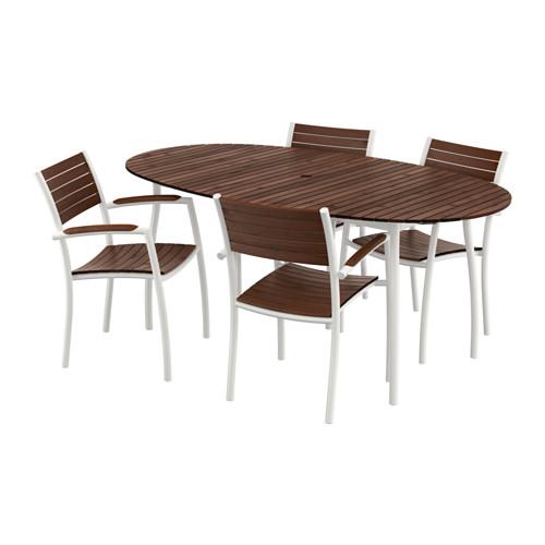 VINDALSÖ Bord og 4 stole med armlæn IKEA Stolene er nemme at ...