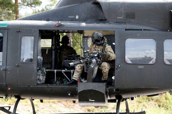POTD: Norwegian Special Operation Commando - Door Gunner -The Firearm Blog