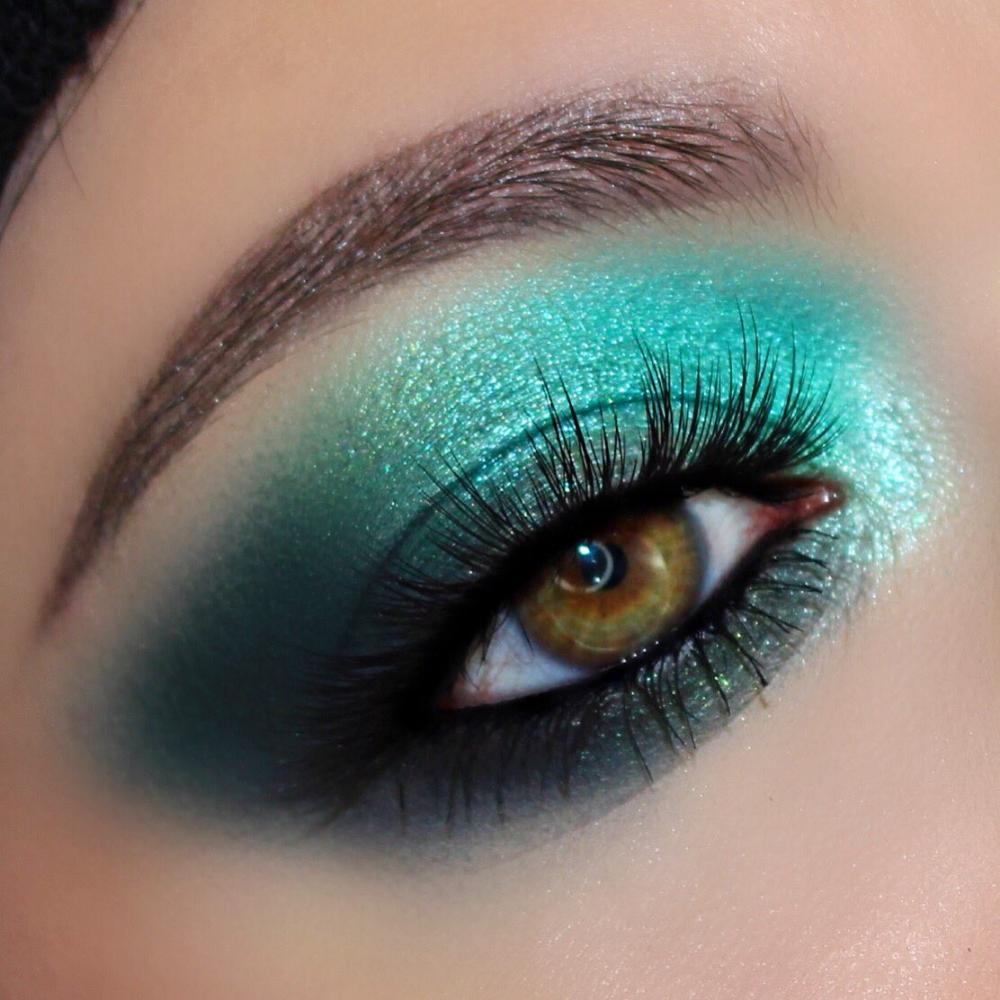 Hazelbeauty89 on Teal eyeshadow, Blue makeup