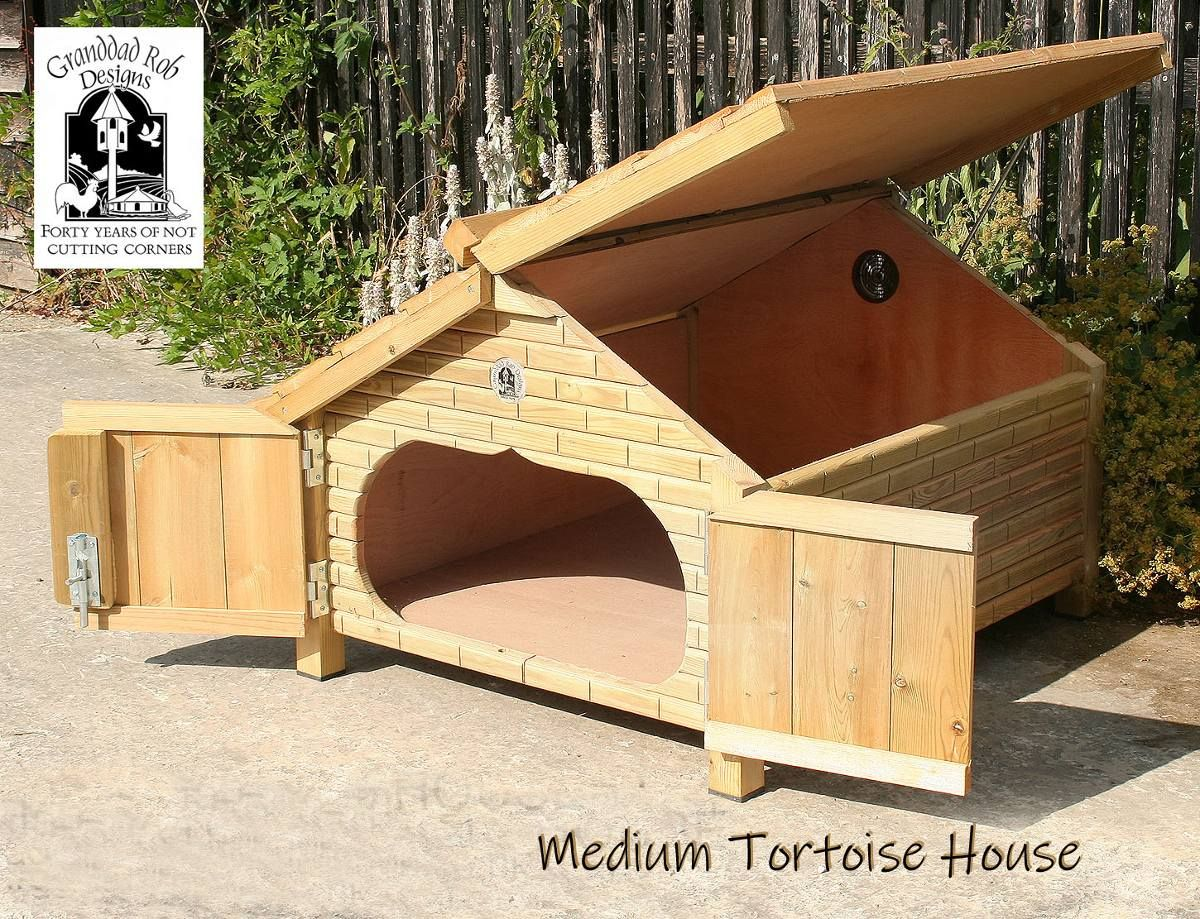 Large Tortoise House In 2020 Tortoise House Tortoise Table Tortoise Enclosure