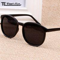 a21fb2a187 Gafas De Sol moda mujeres diseñador De la marca Vintage redondo del círculo  Gafas De Sol hombres niza UV Gafas De Sol Gafas Oculos Feminino