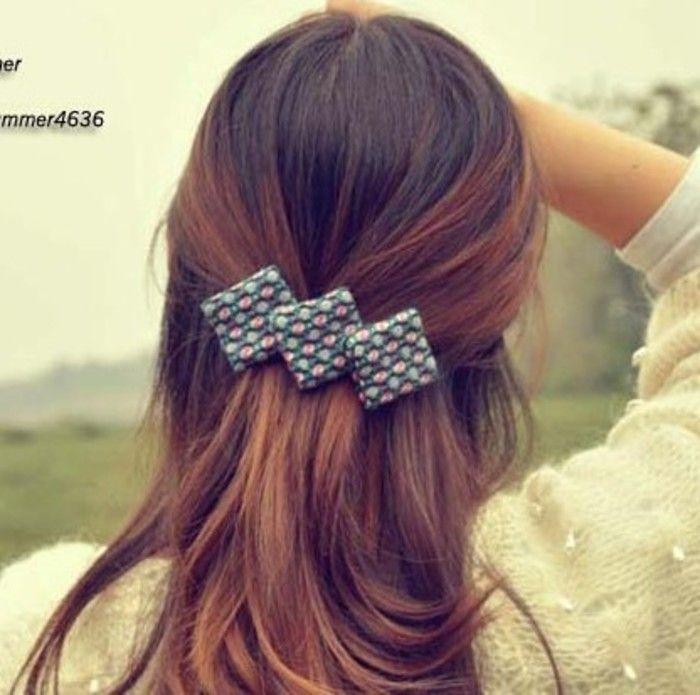 毛呢方块格子 复古蝴蝶结发卡