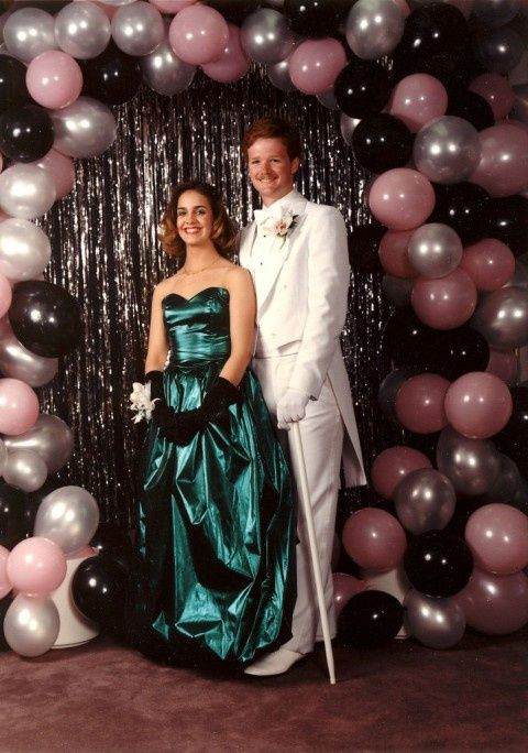 Pin By Adriana Sparkuhl On Throwback Prom