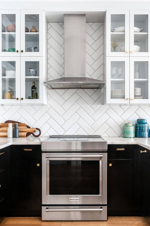 39 Black Kitchen Cabinet Ideas Entering The Dark Side In 2020 Black Kitchen Cabinets Kitchen Cabinets Black Kitchens