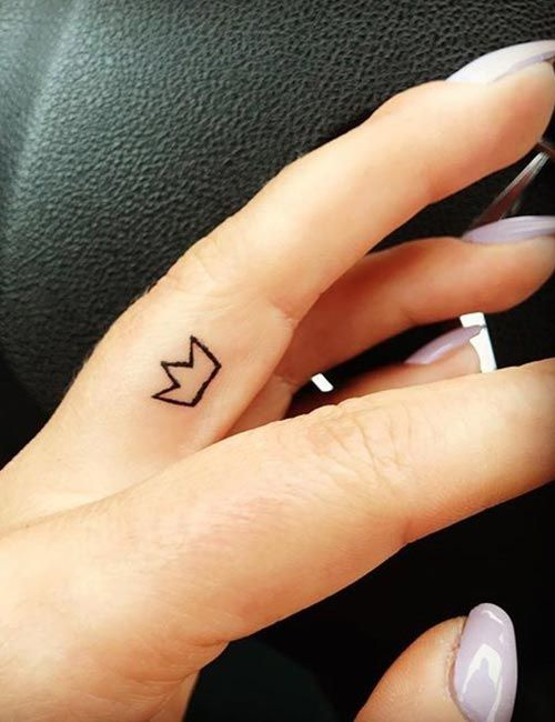 21 Best Small And Minimalist Tattoos That Are Absolutely Adorable