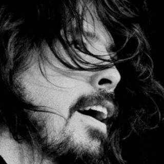 Such a talented musician. Love me some Dave Grohl and the Foo Fighters!!