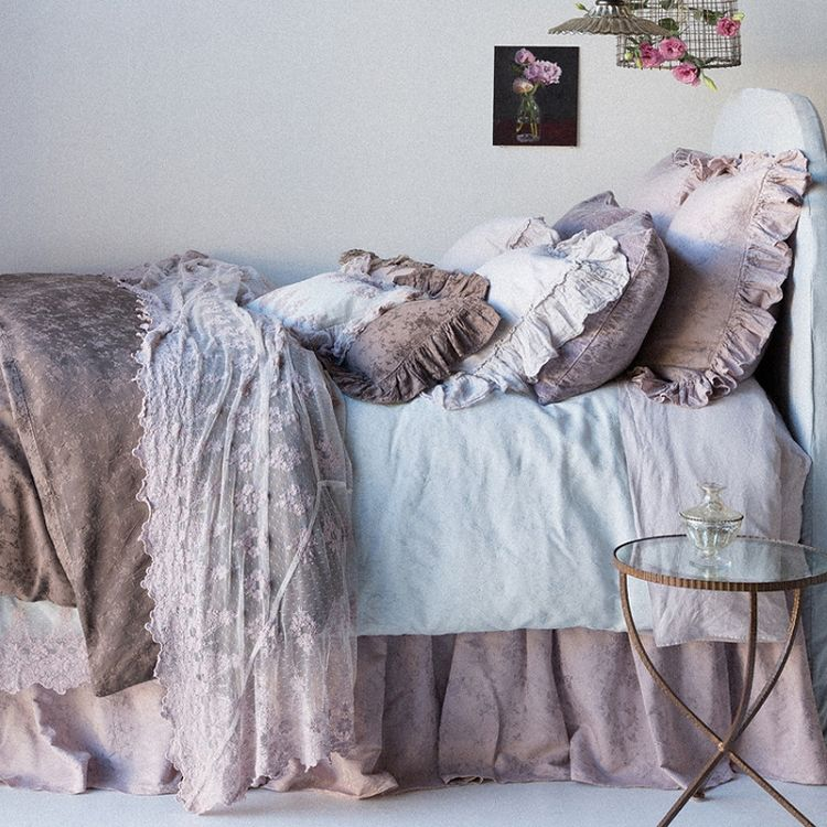 25 Romantic And Modern Ideas For Girls Bedroom Sets: Best 25+ Romantic Bedding Sets Ideas On Pinterest